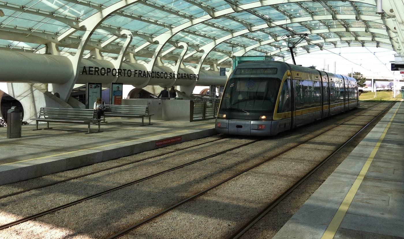 Porto Airport Train